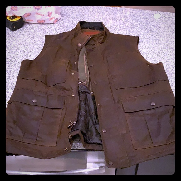 b4a7b858ea4a0 Men's Outback Trading Co. Deer Hunter Oilskin vest.  M_5c523d2c03087ce4302b939e